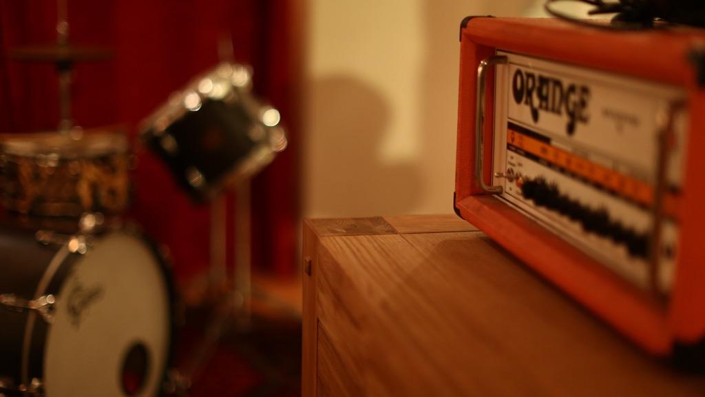 Ampli orange pour guitare électrique